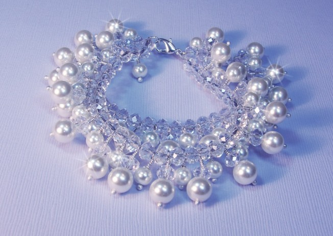 Ruwani-Pearl-Crystal-Bridal-Bracelet