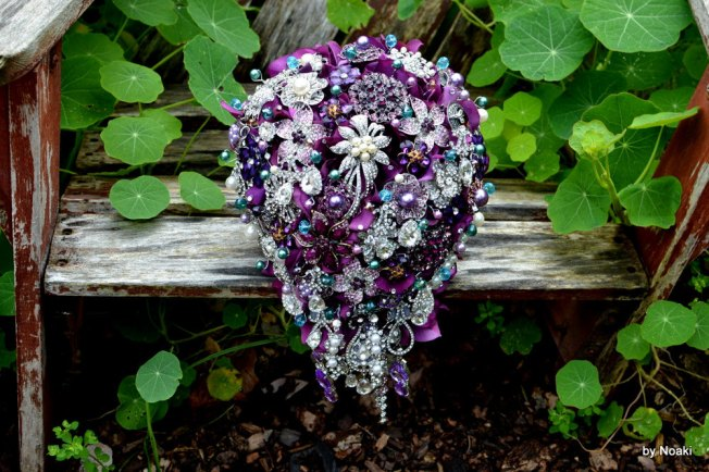 Crystal Bouquet Fall 2013 Color trends Acai purple and blue combination
