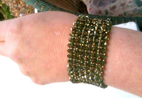 Swarovski Peridot Dorado Bicone bracelet
