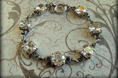 The Vintage Locket Swarovski Crystal Bracelet
