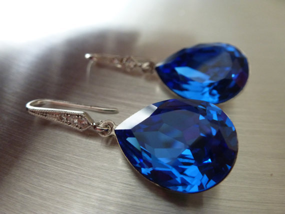 Swarovski Crystal 4320 Pearshape Fancy Stone Earrings