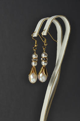 Swarovski_Pearl_and_Rhinestone_Rondelle_Earrings
