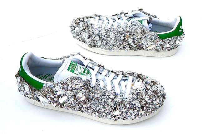 pharrell-shoes-billbaord-650_Swarovski-Elements