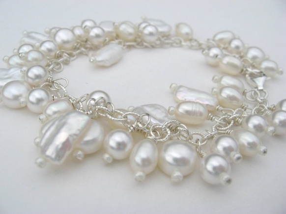 Swarovski and Freshwater White pearl chain bracelet