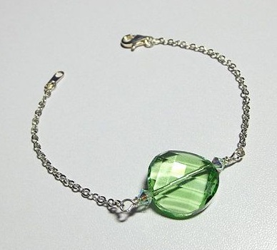 Swarovski Crystal 5621 Twist Bead Bracelet in Peridot