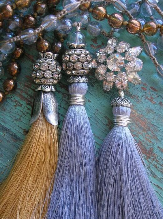 Jewelry Trends Crystal and tassel necklaces