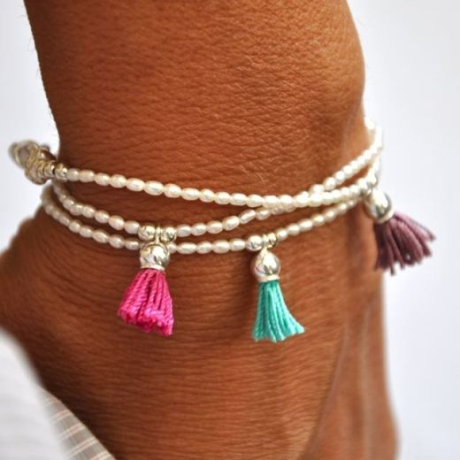 Small tassel and pearl bracelet Fashion trends