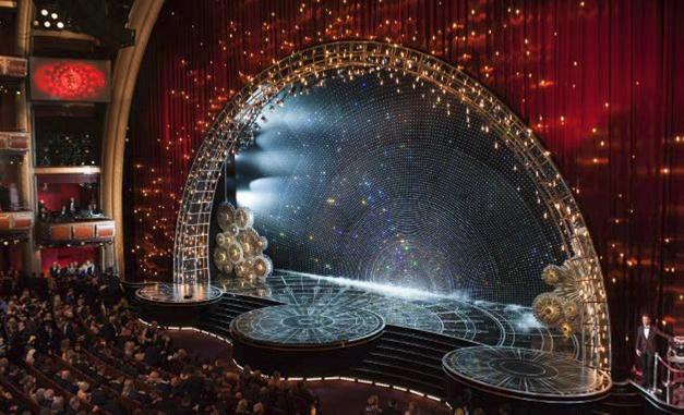 2015-87th-academy-awards-swarovski-crystal-stage