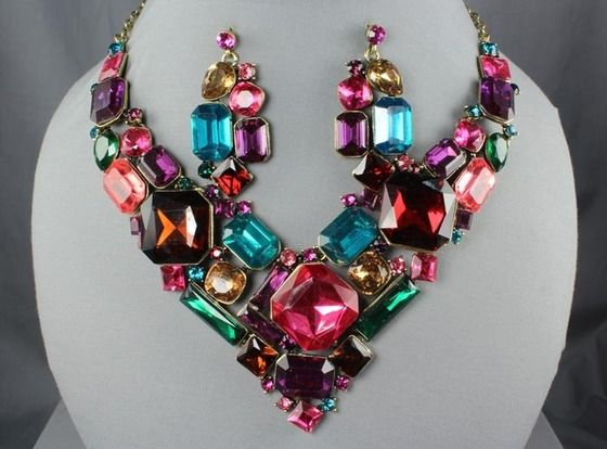 Statement_Necklace_Inspiration