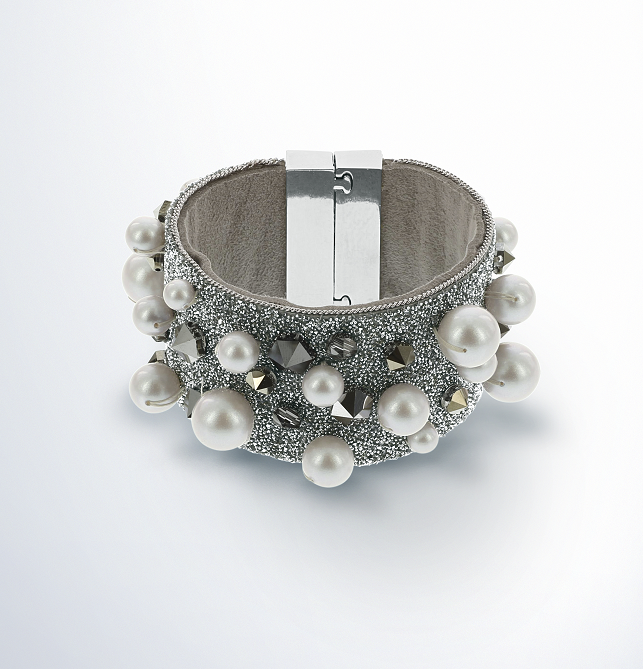 Swarovski Crystal and Pearl cuff Bracelet Design Inspiration